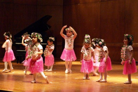 2009-05-30 Tippi Toes Recital 039