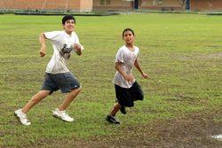 2009-09-12 Muddy Football 109